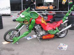 moto criada pelo Ed Roth, criador do RAT FINK