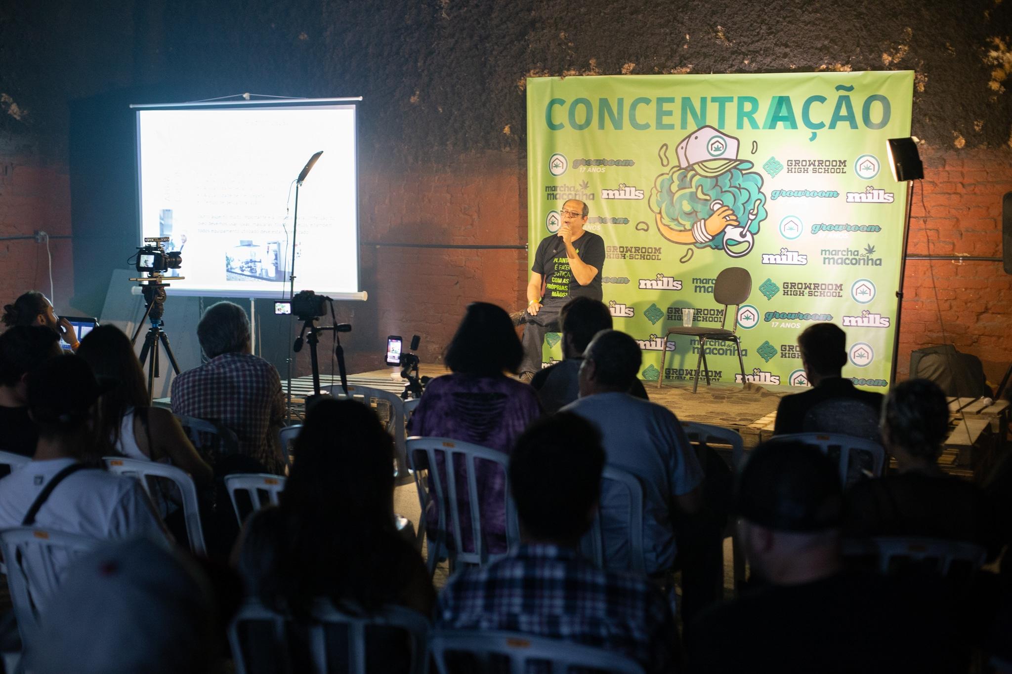 17 anos do Growroom - Pedro Zarur da Abracannabis palestrando