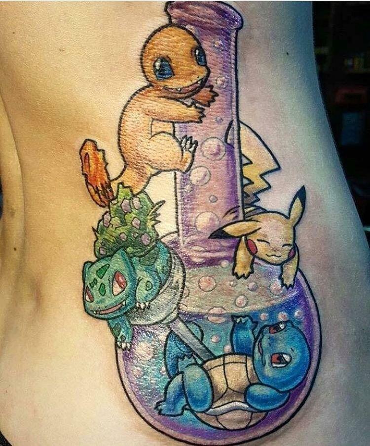 tatuagem de pokemons em um bong de maconha