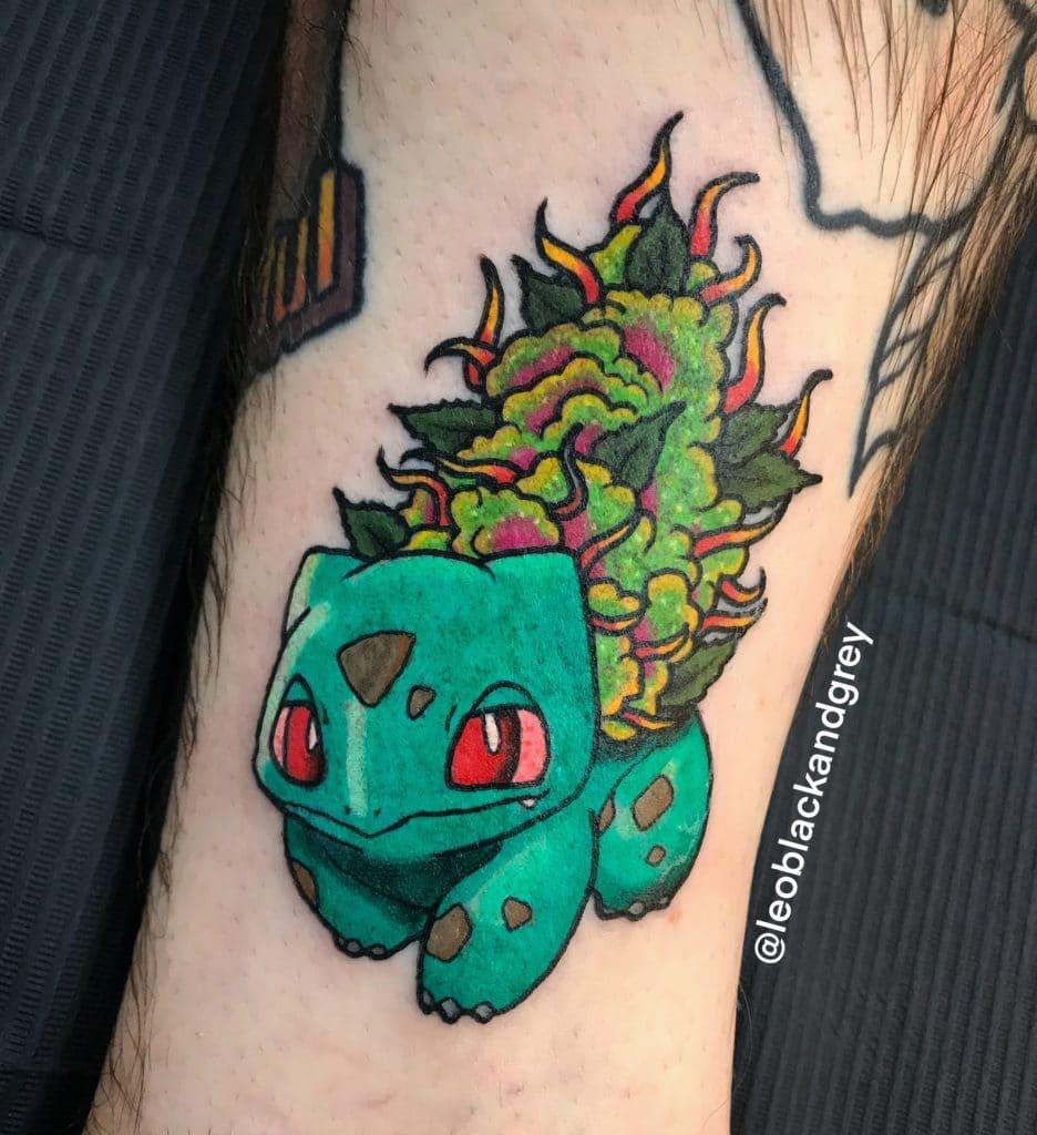 tatuagem de maconha bulbasaur